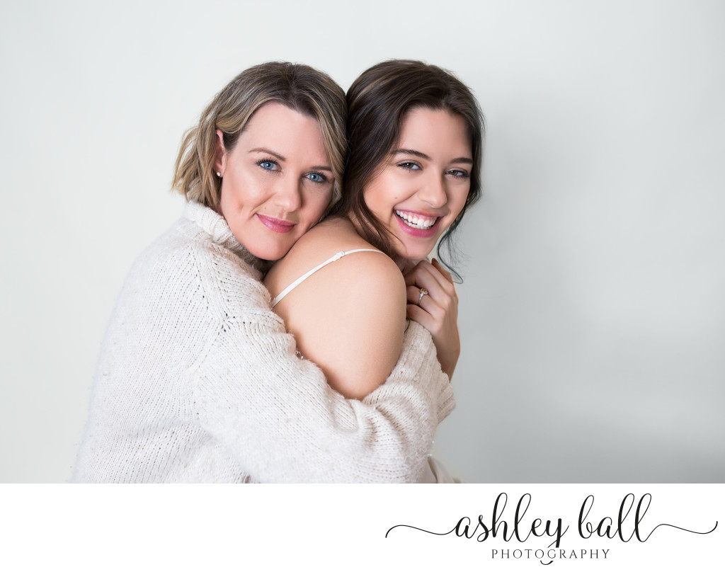 Contemporary Mother Daughter Photography in Vacaville
