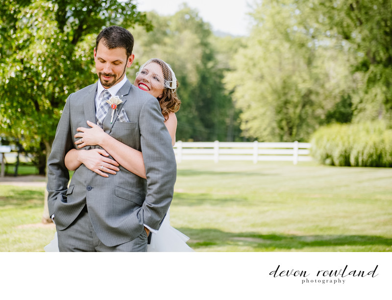 Virginia Wedding Photographer at Rustic Venue