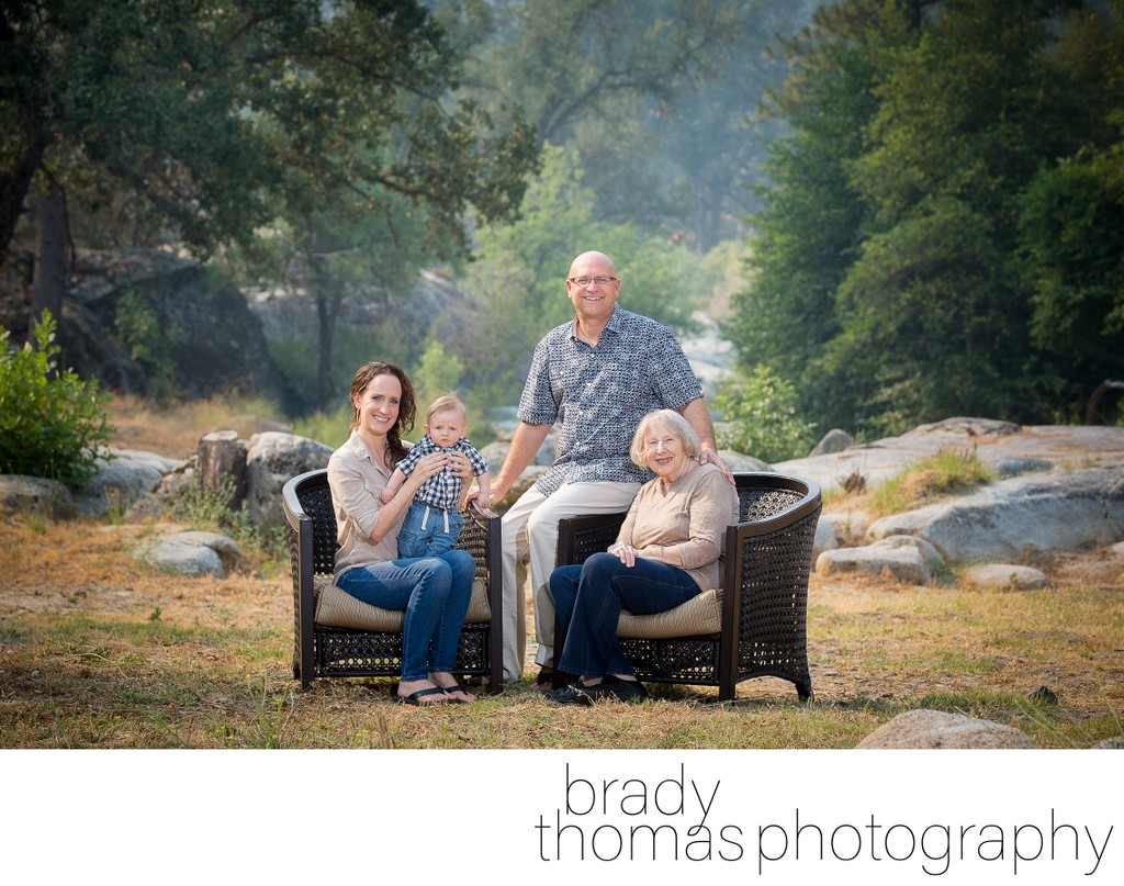 Outdoor Family Photos in Yosemite