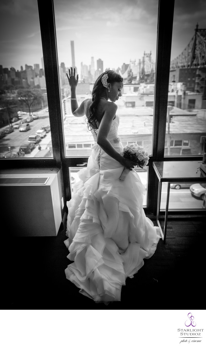 Top NY Hotels for Wedding Photos