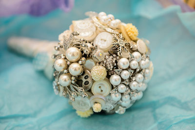 Wedding Details: Bride's Flower Ornament
