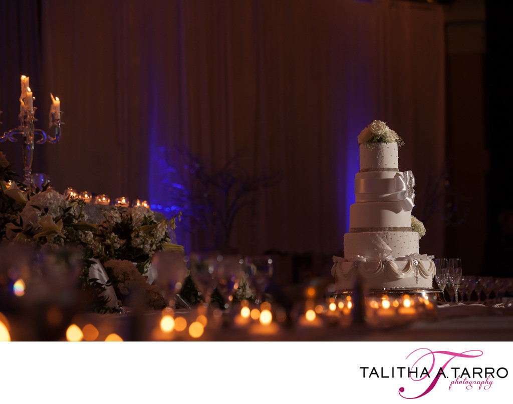 Hyatt Regency Albuquerque Wedding Cake reception