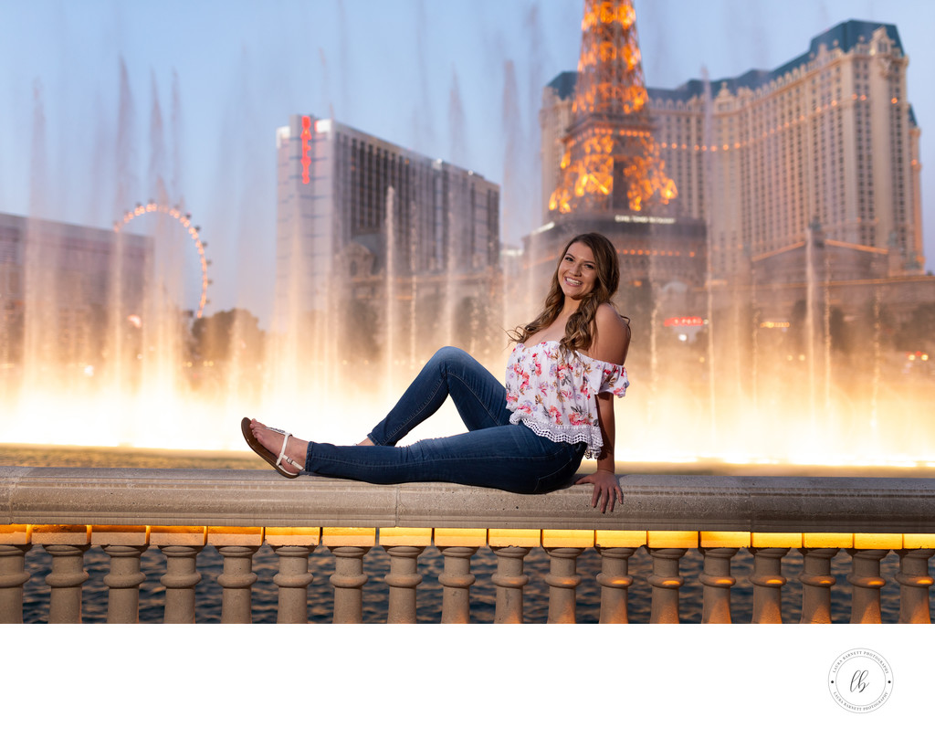 Bellagio Fountains senior pictures