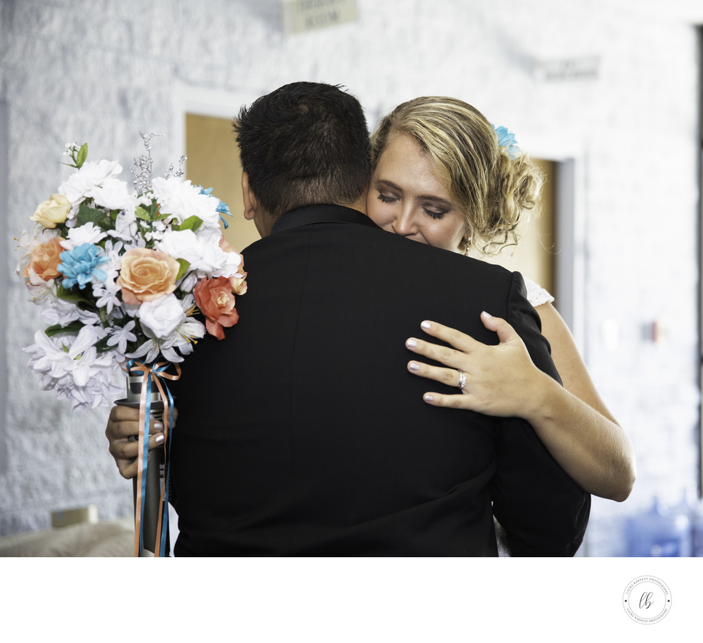 Las Vegas Wedding, Bride and groom embrace