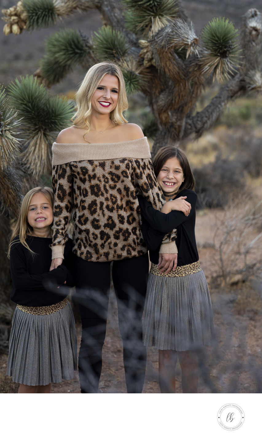 Las Vegas Family Photographer mom with kids