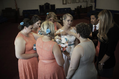 Las Vegas Wedding Photography bridal party in prayer