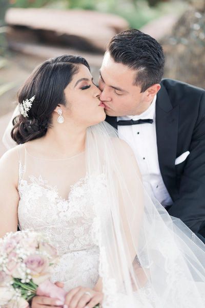 Las Vegas Wedding Photography bride and groom kissing