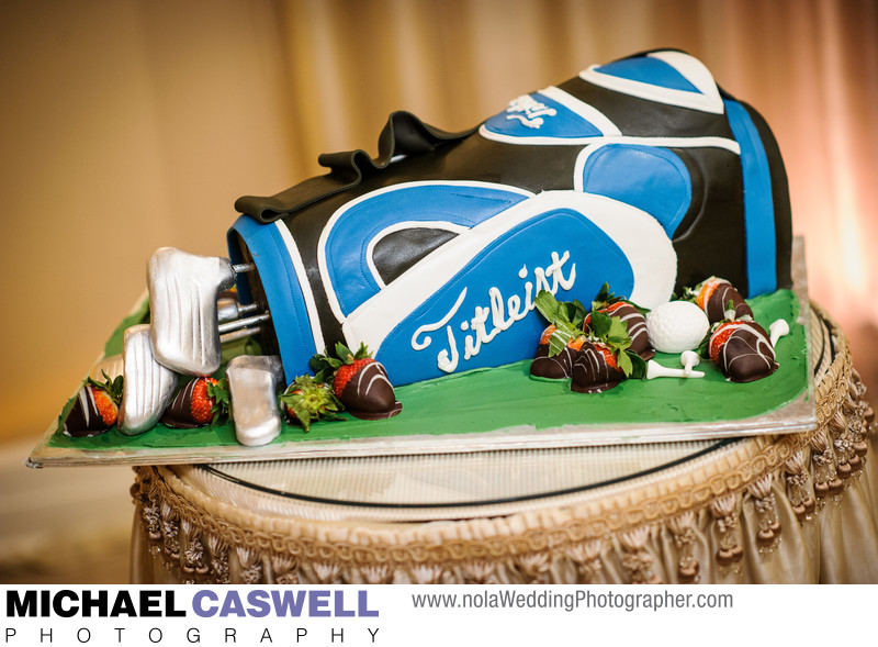Golf bag groom's cake