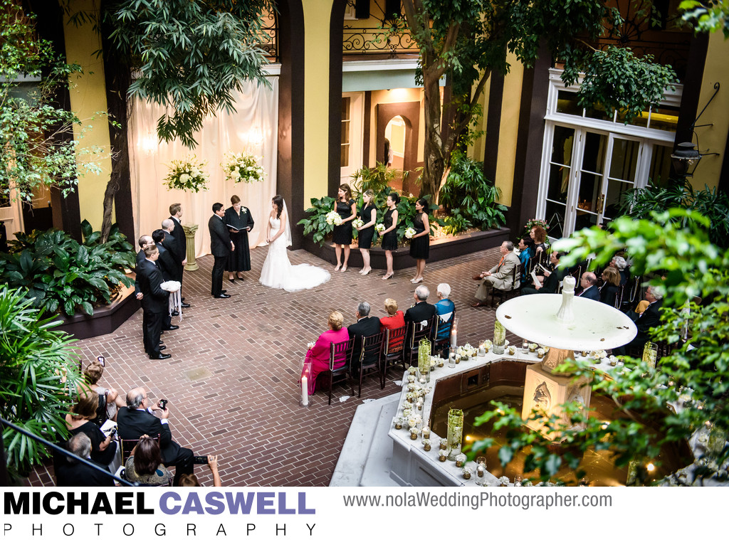 Hotel Mazarin Ceremony in Courtyard