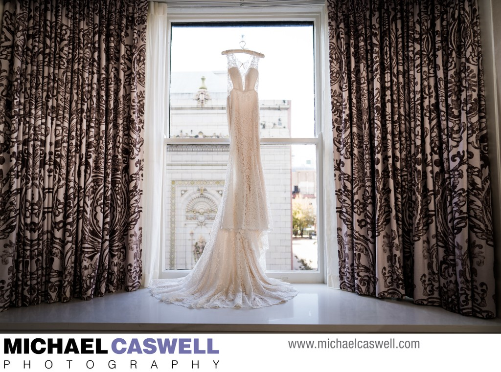 Wedding Dress at the Roosevelt Hotel
