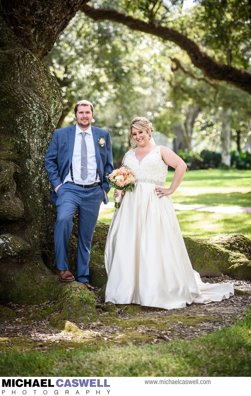 Portrait of Bride and Groom at Oak Alley