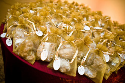 Pralines as Wedding Favors