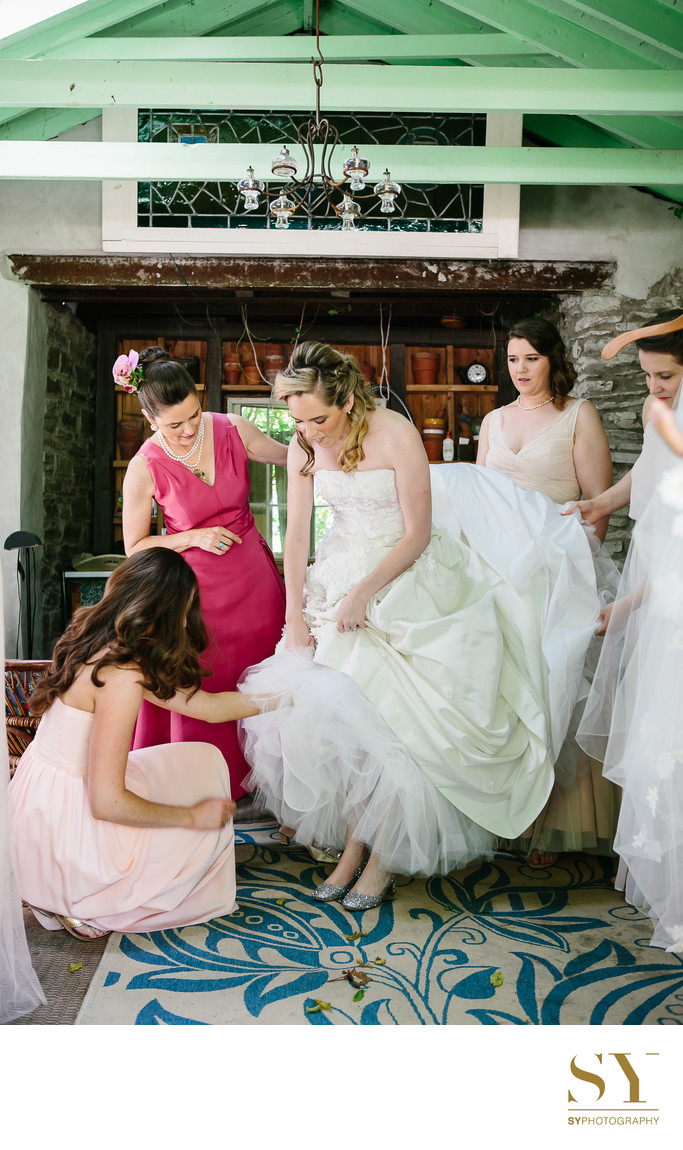 Princeton wedding bride in Oscar de la Renta dress