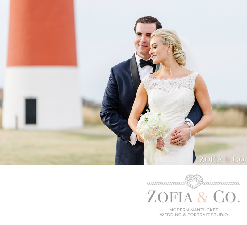 romantic wedding portraits lighthouse