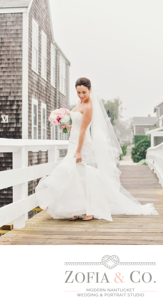 beautiful nantucket bride sconset bridge