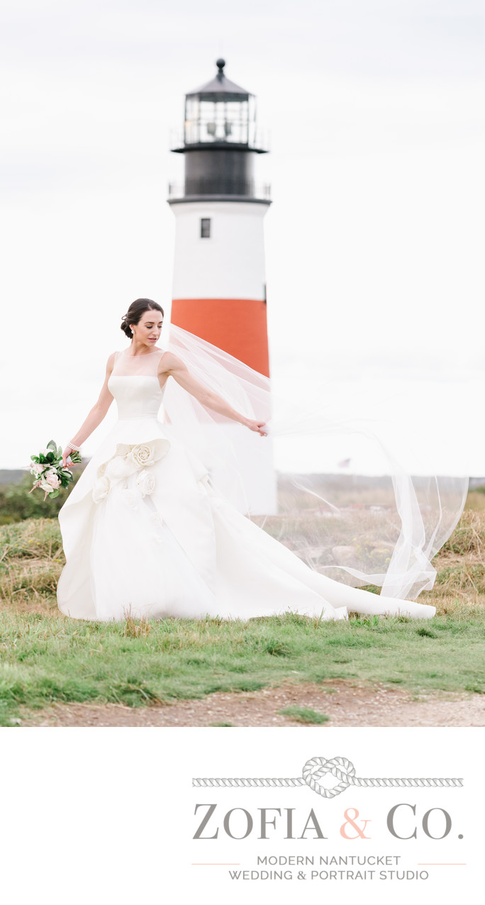 monique lhuillier bride sankaty lighthouse
