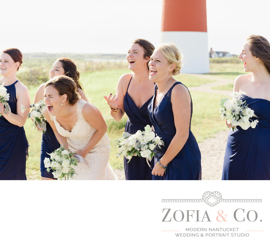 laughing bridesmaids at sankaty lighthouse