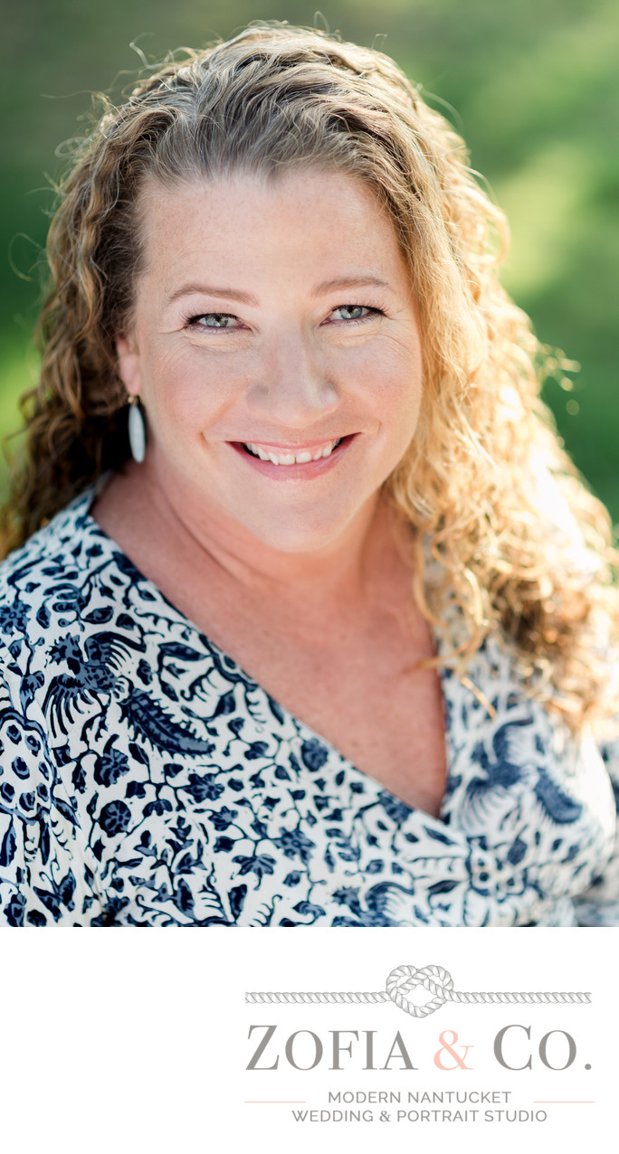 Donna Barnett Real Estate Broker Headshot