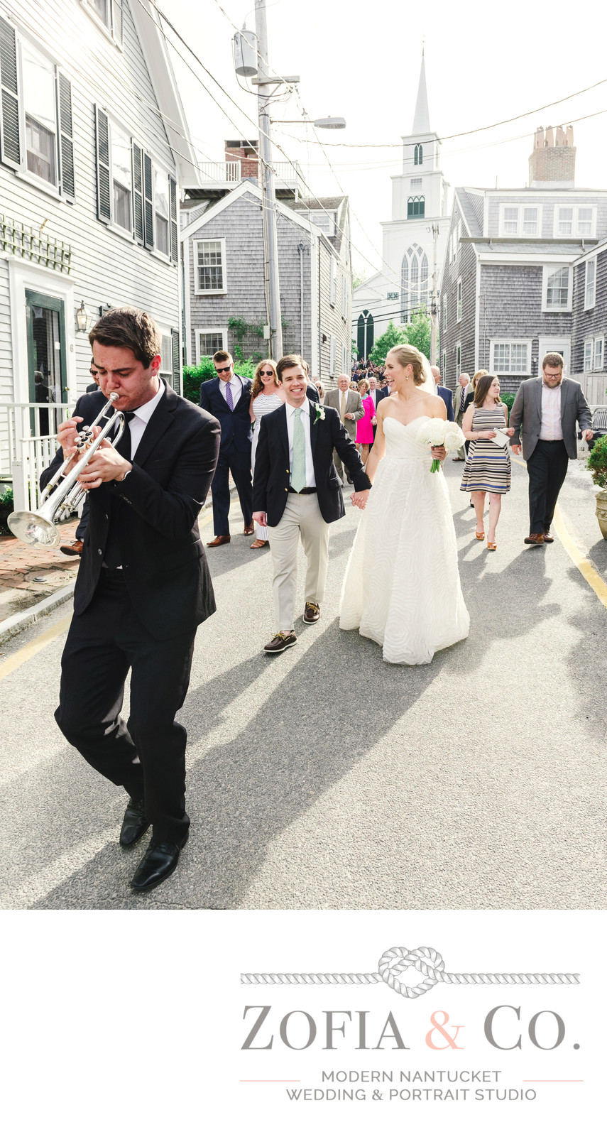wedding party parade to nantucket yacht club
