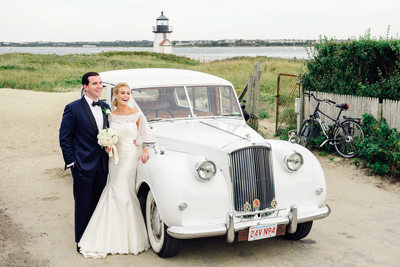 wedding couple vintage white car brant point lighthouse