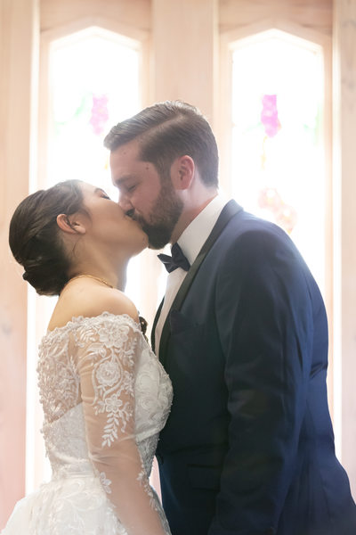 The Yarra Valley Venue Wedding Photos: first kiss