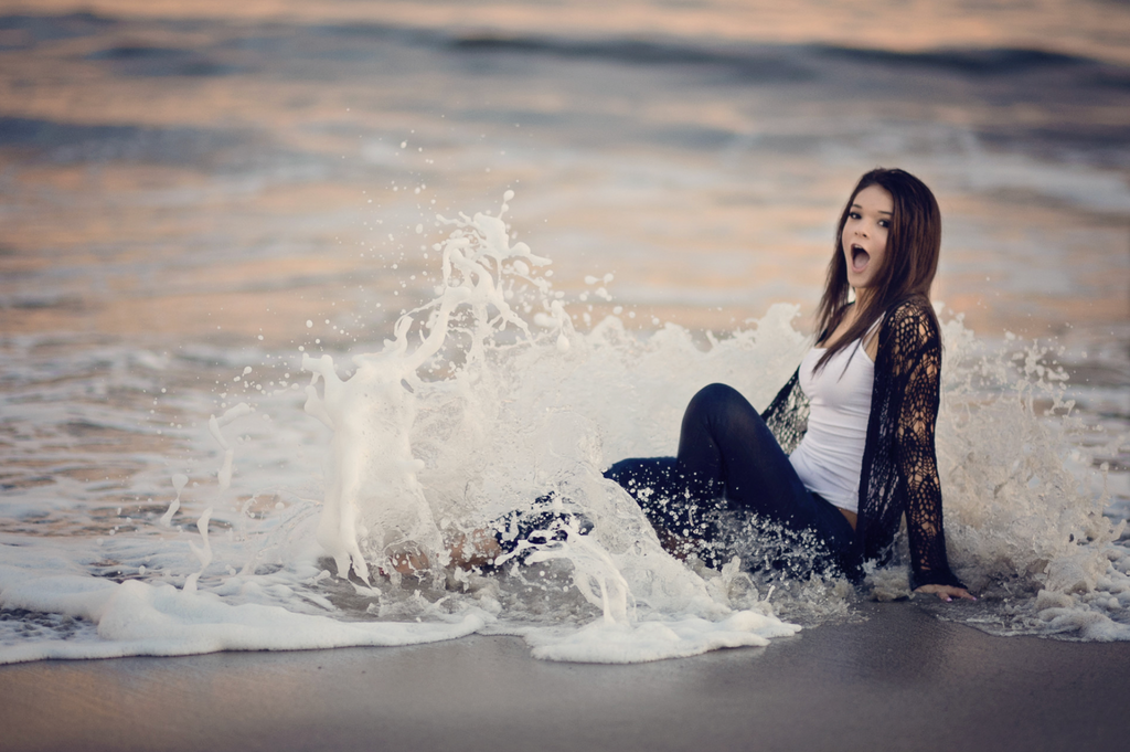 Fun Senior Photo Sessions at the Beach Inn by the Sea