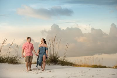 Best Pensacola Beach Engagement Photos