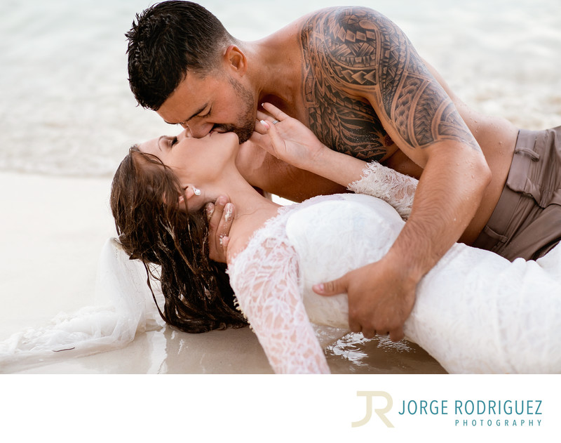 Cancun-Couple-Boudoir-Photography