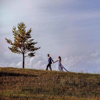 A Bride and Groom Portraits at Blue Devil Golf Course