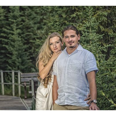 Engagement at Jurassic Forest - Summer Forest Portraits