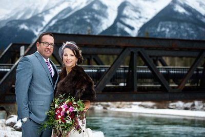 Winter Outdoor Wedding Photos