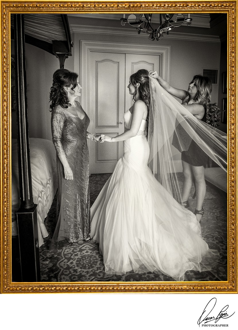 Ritz Carlton NOLA weddings, mother of the bride, bride