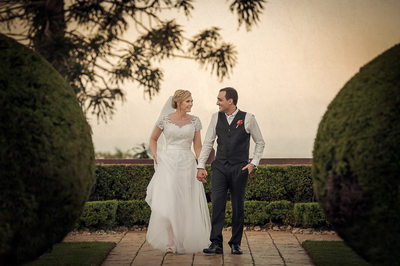 Wedding photographers in brisbane- flaxton gardens
