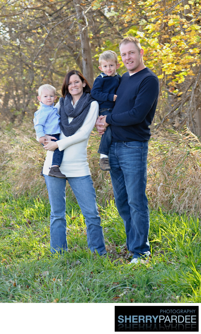 Outdoors Family Photographers in Iowa City