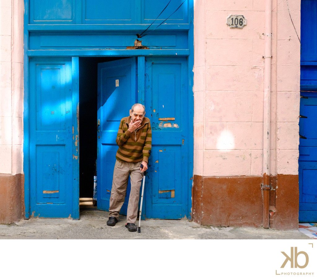 Aging Without Decay in Havana