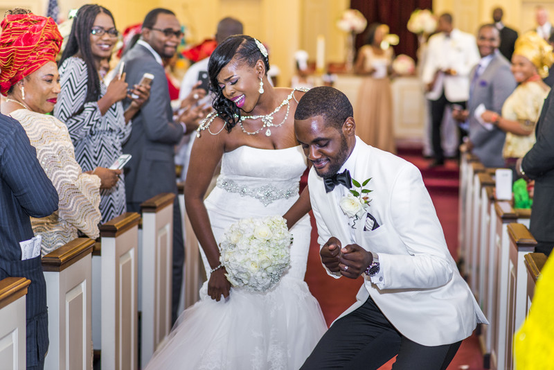 Temple Atlanta Wedding Photographer Newlyweds Dancing