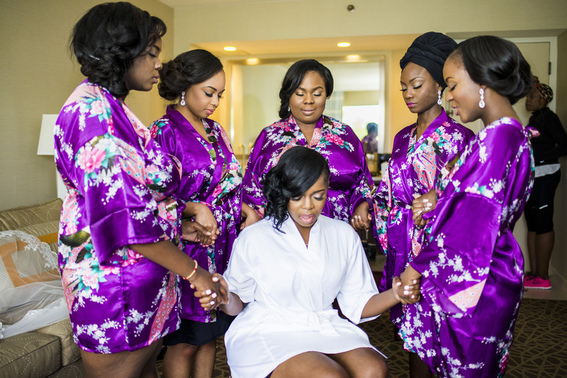 Temple Atlanta Wedding Photographer Bridesmaids praying