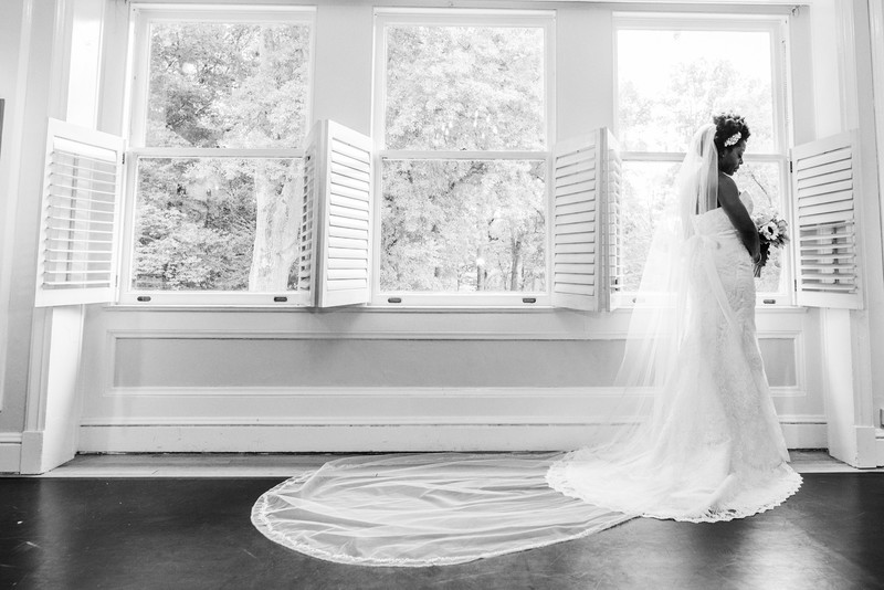 Callanwolde Fine Arts Center Wedding Photographer Bride