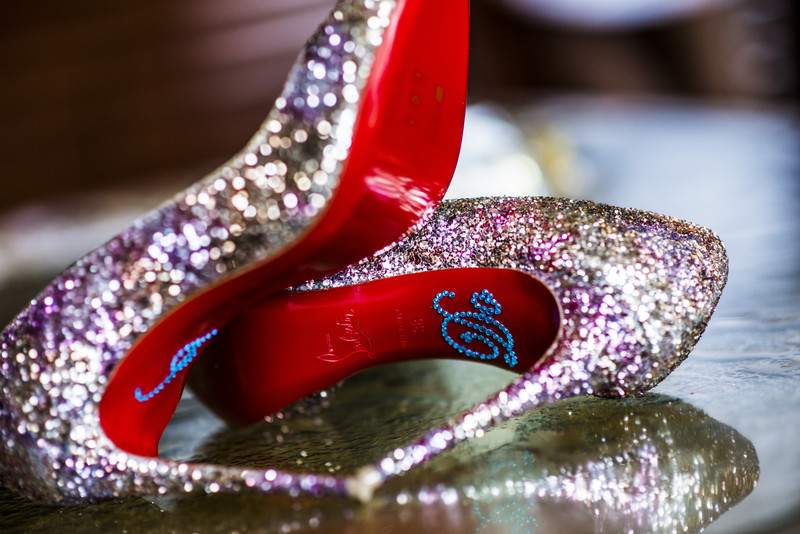 200 Peachtree Atlanta Wedding Photographer bride louboutin