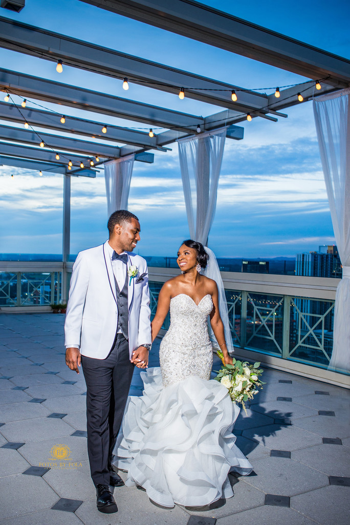 The Peachtree Club Atlanta Wedding Photographer Rooftop
