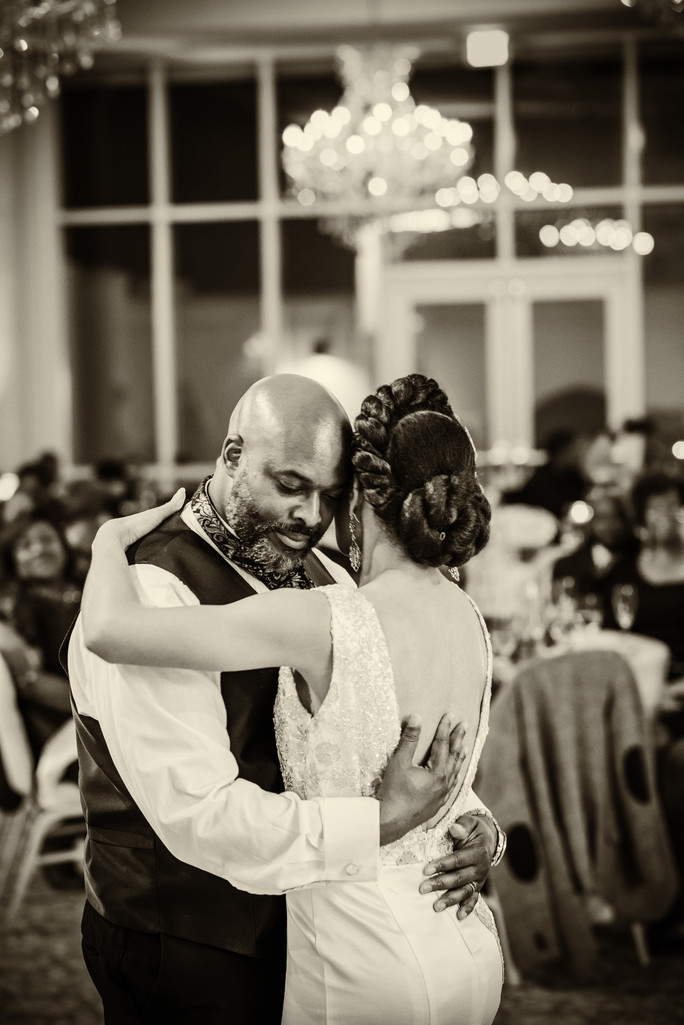 Ashton Gardens Wedding Photographer Bride Groom dance