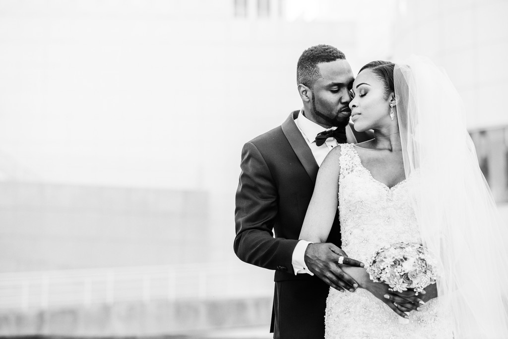 High Museum of Art Atlanta Wedding Photographer love