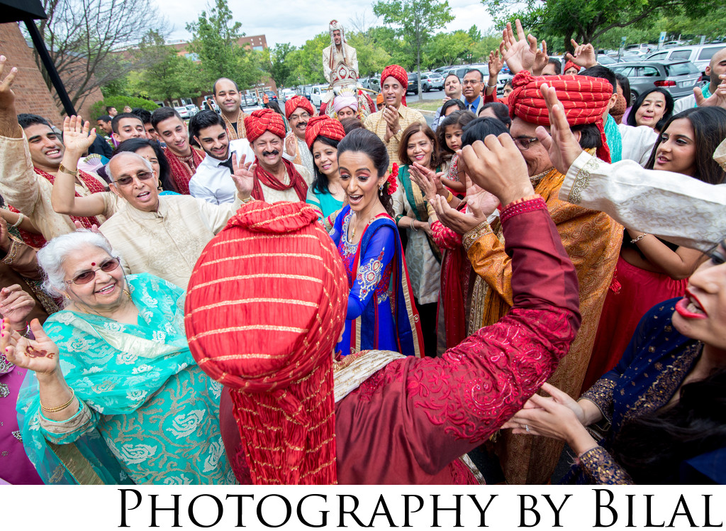 Punjabi Wedding Dancing Photos