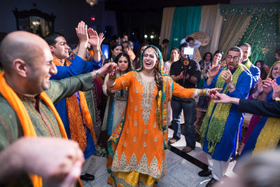 Pakistani Mehndi Dancing photos NJ