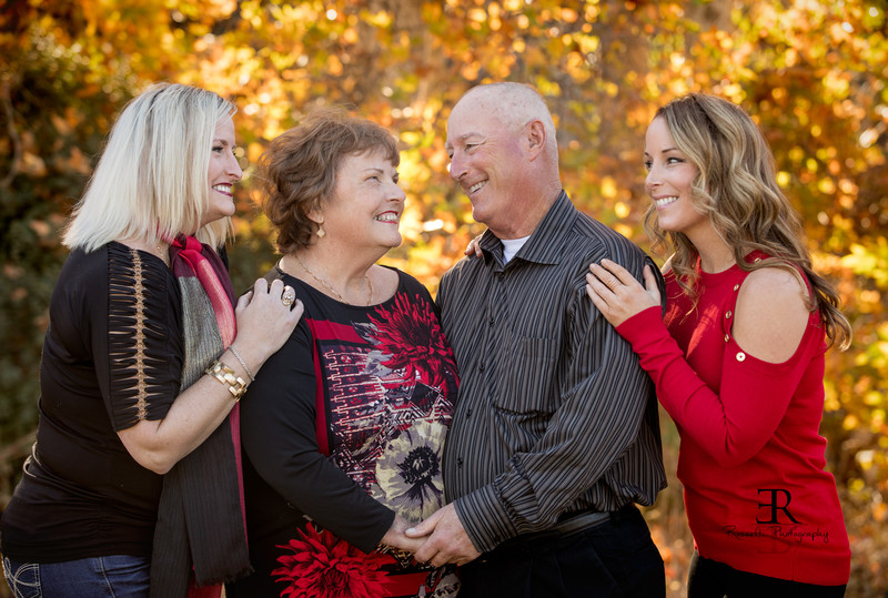 Brentwood Family Photographer, Family portraits in Tracy