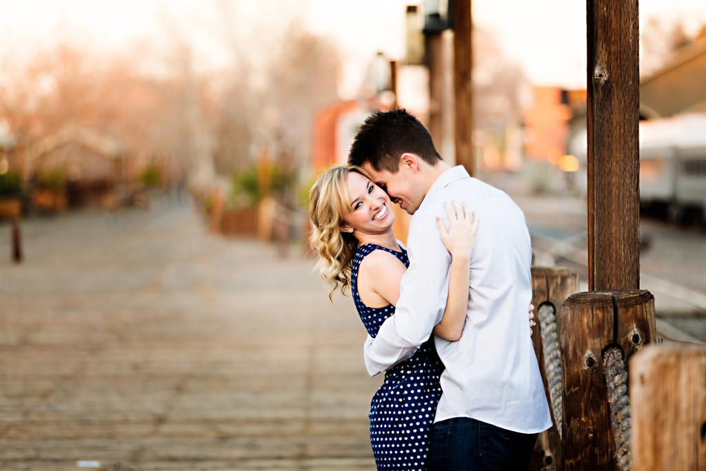 Beautiful Old town Sacramento engagement pictures