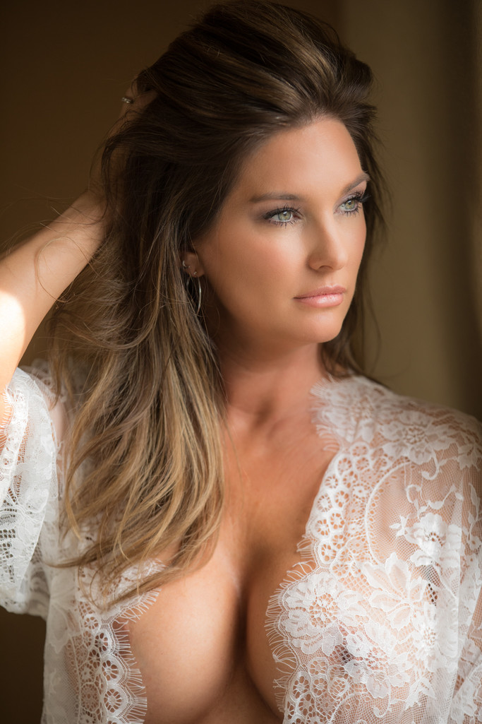 Local Boudoir Photographer Tracy California Boudoir