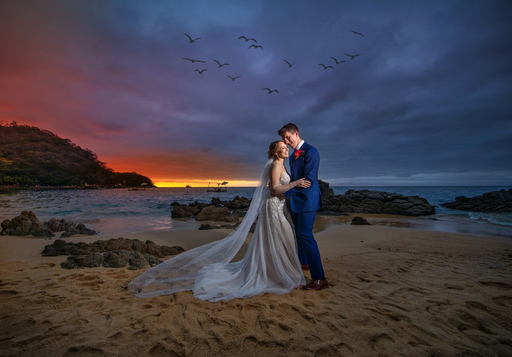 Las Caletas Beach wedding photo Destination Wedding photographer
