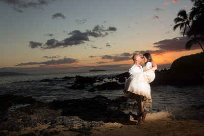 Secret Beach Maui Hawaii Destination Wedding Rossetti Photography