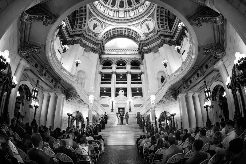 PA Capitol Building Wedding Photo